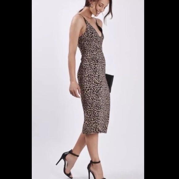 b31a0faa9e15 TOPSHOP leopard print V neck midi dress sz 8. M_5ae1545a9d20f07dcef0285b